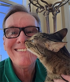 San Francisco pet sitting David Owen with cat
